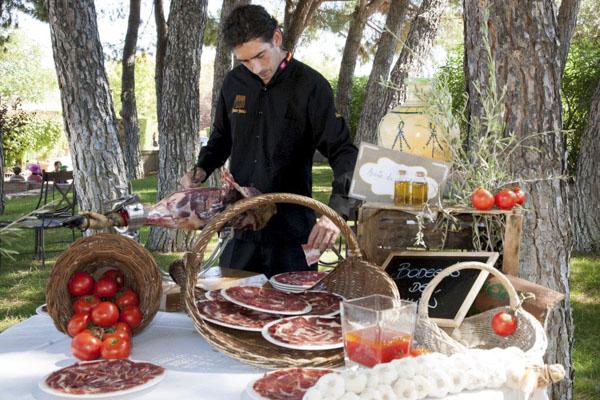 bodegón de jamón laurel catering