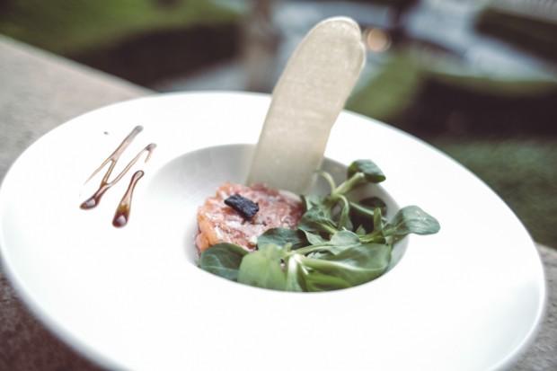 tartar de salmon laurel catering