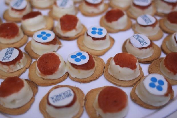 milhojas personalizado laurel catering