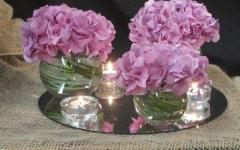 Centro de mesa para bodas con Hortensias moradas