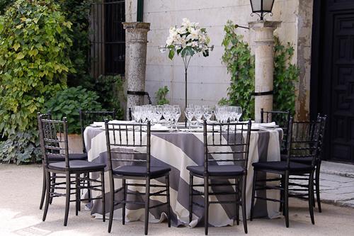 ¿Mesa imperial o mesa redonda para una boda?