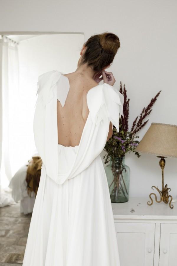 novia escote espalda