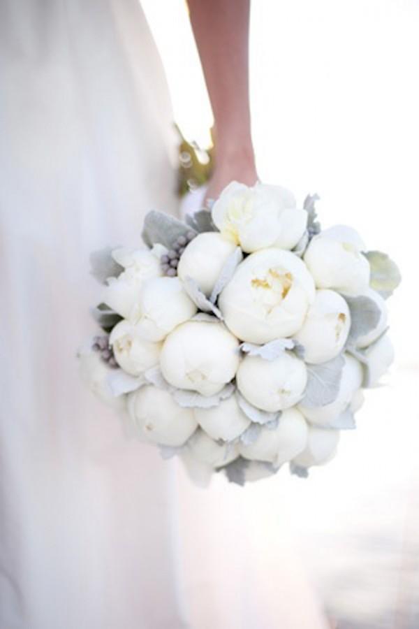 peonías ramo novia