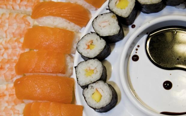 sushi laurel catering