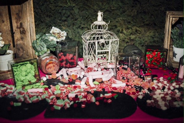 bodegón de chuches laurel catering
