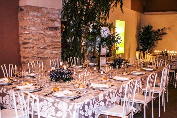 mesa alargada laurel catering
