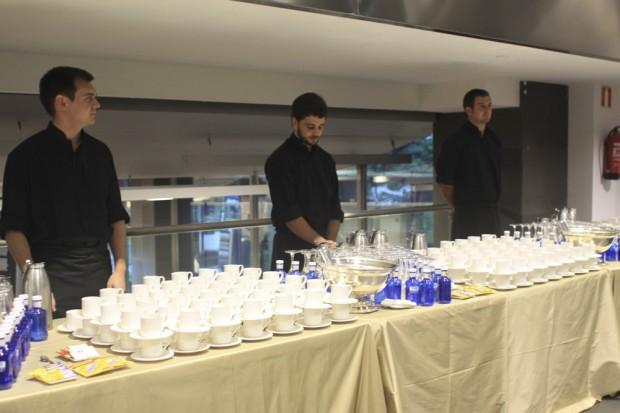 camareros laurel catering