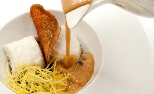 Primero merluza laurel catering